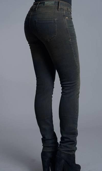 7246077d Caster Jeans | Vaquero básico Mujer | Yam Noa | Caja media