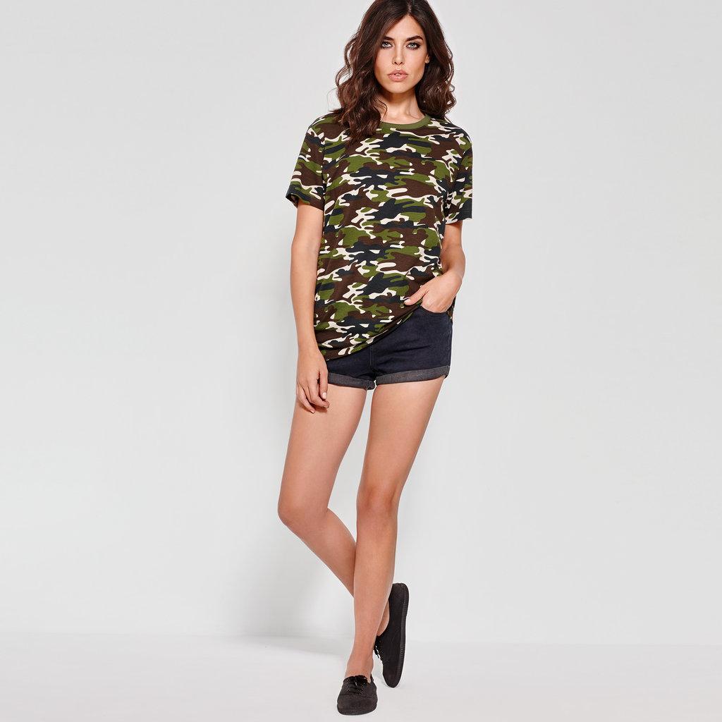 67066a99f4 ... Camiseta camuflaje Mujer