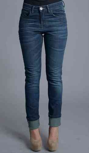 Caster Jeans | Women Jeans Classic | Gheisa Sofia